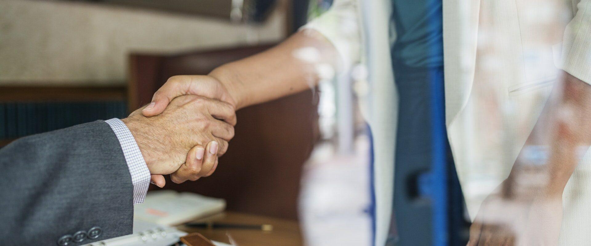 handen schudden afspraak